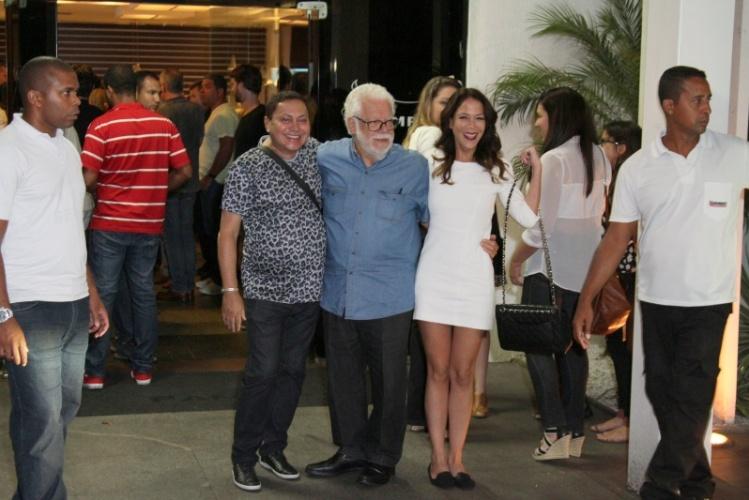 3.fev.2014 - O autor Manoel Carlos assistiu ao primeiro capítulo de sua novela ao lado da família