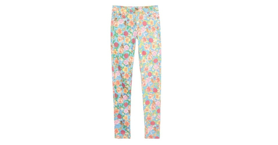 Calça skinny com estampa floral; R$ 138,60, da Farm no Oqvestir (www.oqvestir.com.br) Preço pesquisado em janeiro de 2014 e sujeito a alterações