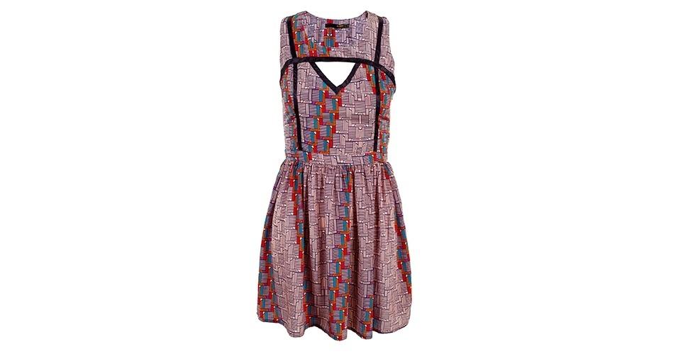 Vestido com estampa étnica e recorte frontal; R$ 328, na Oh Boy (www.ohboy.com.br) Preço pesquisado em janeiro de 2014 e sujeito a alterações