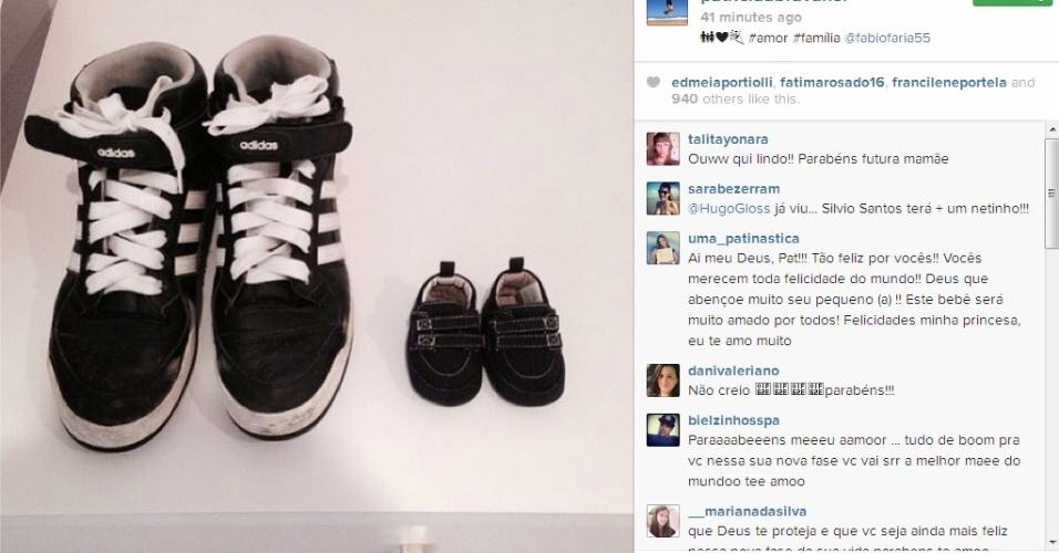 7.fev.2014 - Patricia Abravanel publica foto de tênis infantil e escreve