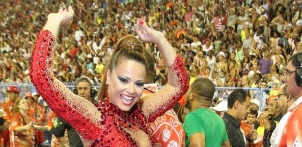 http://imguol.com/c/entretenimento/2014/02/10/10fev2014---viviane-araujo-no-ensaio-tecnico-do-salgueiro-na-noite-deste-domingo-9-na-marques-de-sapucai-no-rio-1391999335946_615x300.jpg
