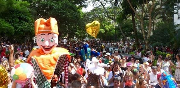 Desfile do bloco de rua infantil Gigantes da Lira de 2013, no Rio de Janeiro
