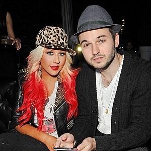 15.fev.2014 - A cantora Christina Aguilera e o namorado Matthew Rutler