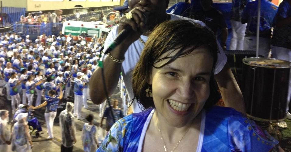 17.fev.2014 - Claudia Rodrigues participou do ensaio técnico da Beija-Flor neste domingo, no sambódromo, no Rio