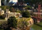 Conheça parque feito de Lego e construtores de esculturas gigantes