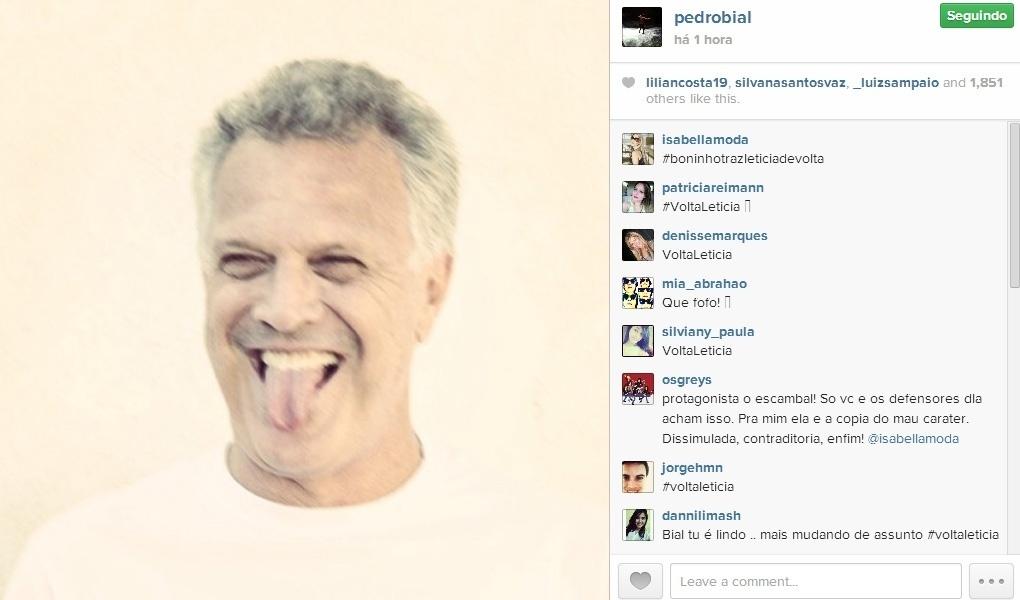20.fev.2014 - Pedro Bial posta foto mostrando a língua no Instagram