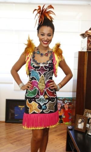 23.fev.2014-  Sheron Menezes é a Miss Simpatia do Bloco da Preta