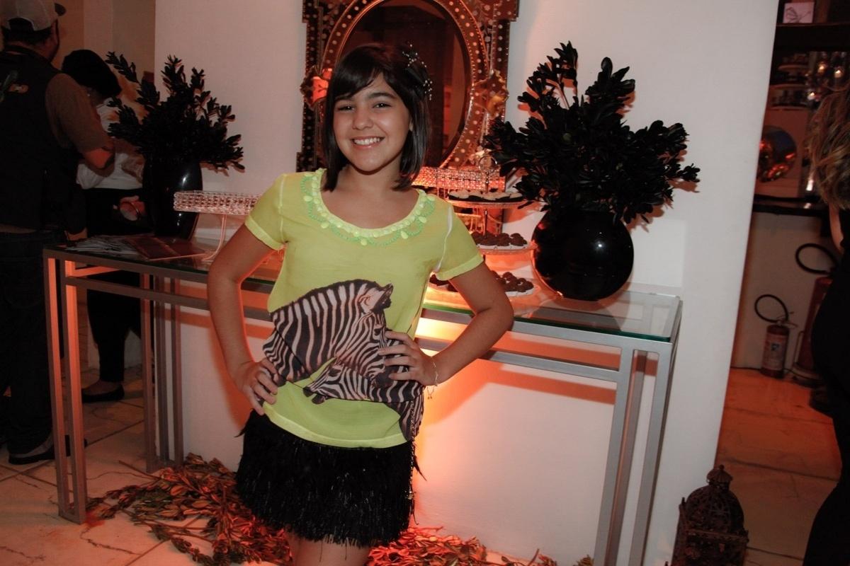 24.fev.2014 - Ana Vitoria Zimmermman prestigiou o aniversário de 13 anos de Filipe Bragança, ator de