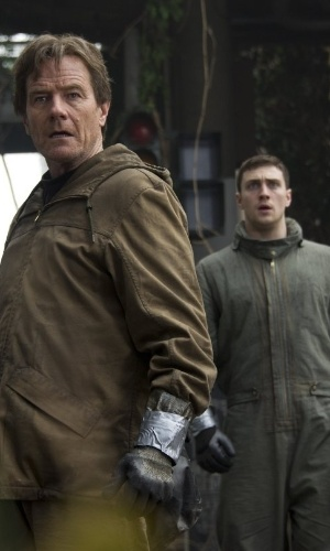"Gareth Edwards e Aaron Taylor-Johnson em cena de ""Godzilla"", do diretor Gareth Edwards"