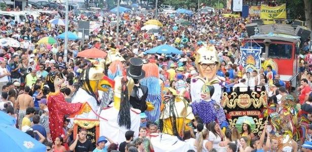 Galinho de Brasília reuniu cerca de 40 mil foliões no Carnaval 2013