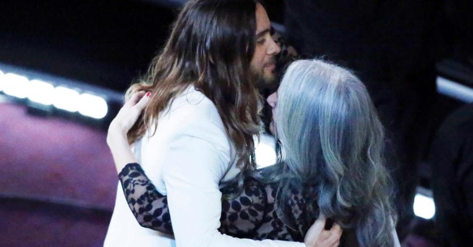 Jared Leto recebe Oscar de Melhor Ator Coadjuvante