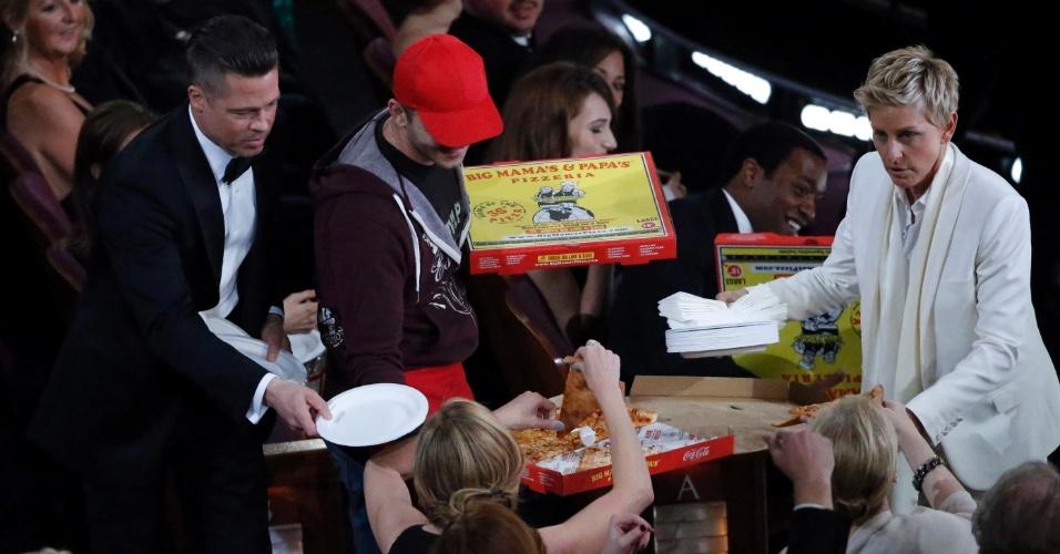 Brad Pitt e Ellen DeGeneres distribuem pizzas durante Oscar 2014