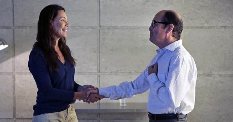 8.mar.2014 - Tereza consegue mais dinheiro para a Comunidade