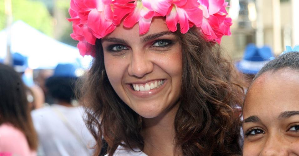 09.mar.2014- Belas mulheres participaram do desfile do Monobloco no Rio