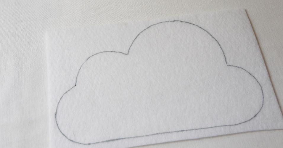 voc ter de fazer o desenho da nuvem nas duas metades da manta
