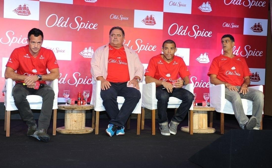 12.mar.2014 - Malvino Salvador participou do lançamento de uma marca de desodorante masculino, em São Paulo. O cantor Léo Jaime, o lutador de MMA José Aldo e o ator Eduardo Moscovis também estiveram no evento