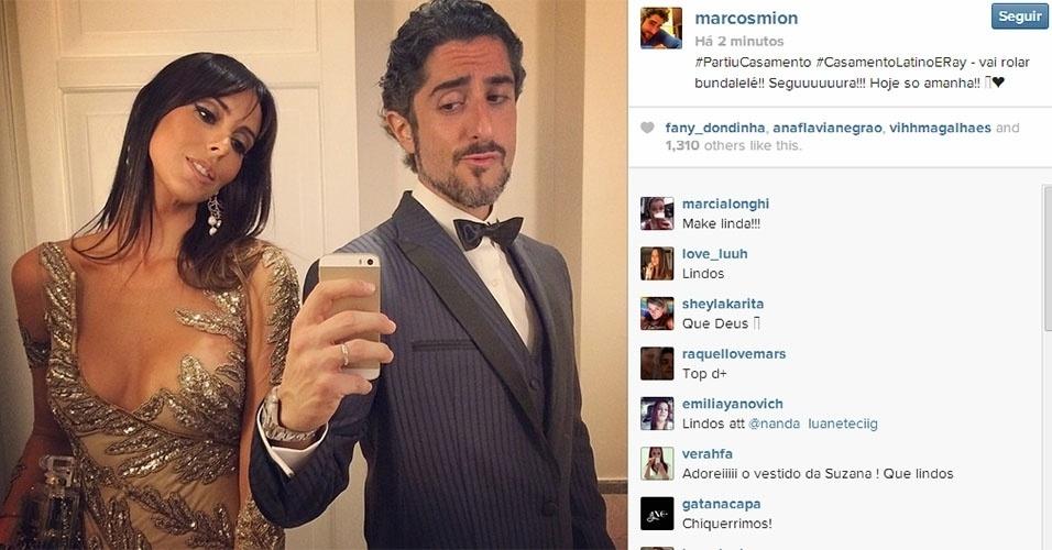 12.mar.2014 - Também padrinho de Latino, Marcon Mion divulgou em seu Instagram uma foto com a mulher, Suzana, indo para o casamento
