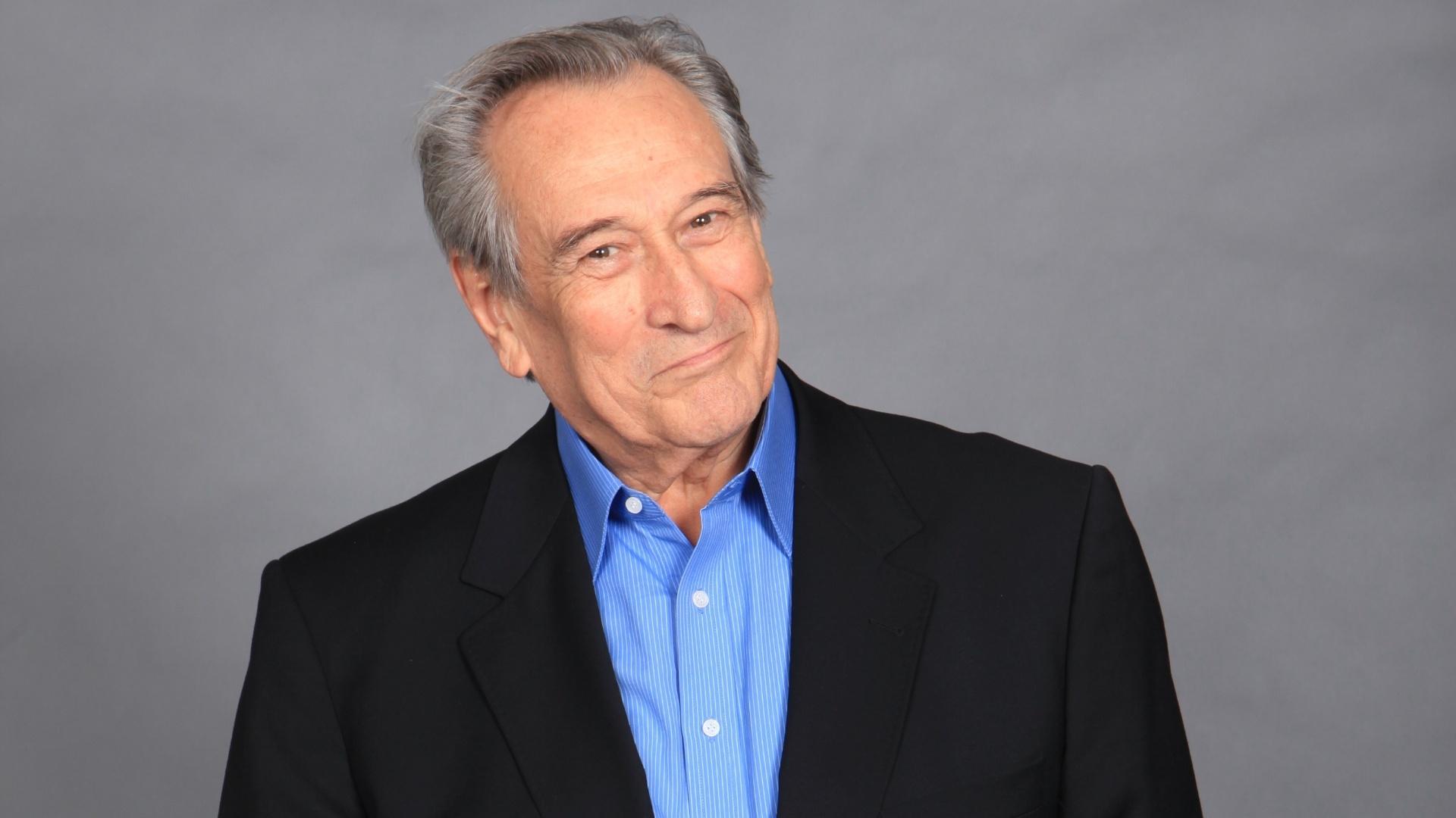 2011 - Paulo Goulart como Dr. Eliseu em