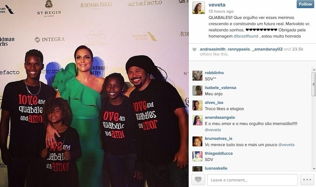 15.mar.2014 - Ivete Sangalo participou do BrazilFoundation Gala, baile de gala beneficente realizado no Pérez Art Museum Miami, na Flórida, EUA