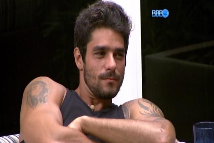 16.mar.2014 - Diego rechaça possibilidade de ficar com Tatiele e diz que