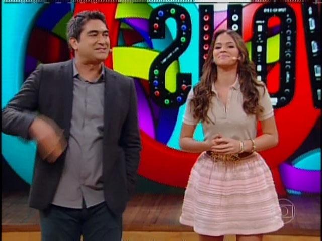 17.mar.2014 - Zeca Camargo entrevistou Bruna Marquezine e relembrou alguns papeis que ela interpretou na Globo