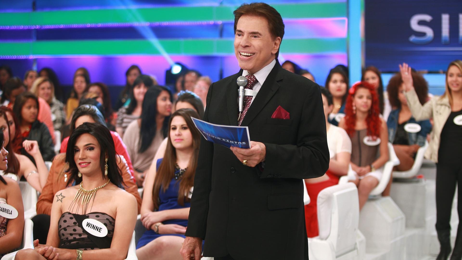 25.ago.2013 - Silvio Santos durante gravação do