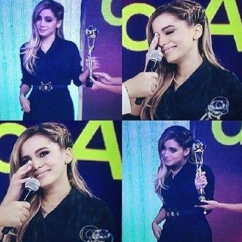 """Anitta no prêmio """"Melhores do Ano"""""""