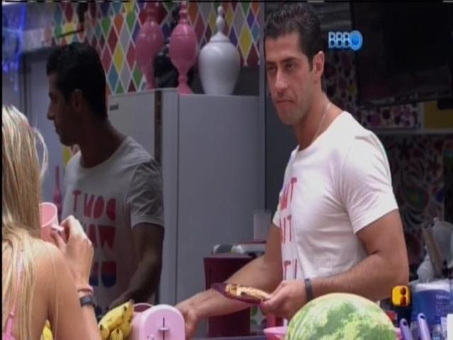 18.mar.2014 - Marcelo desabafa com Tatiele: