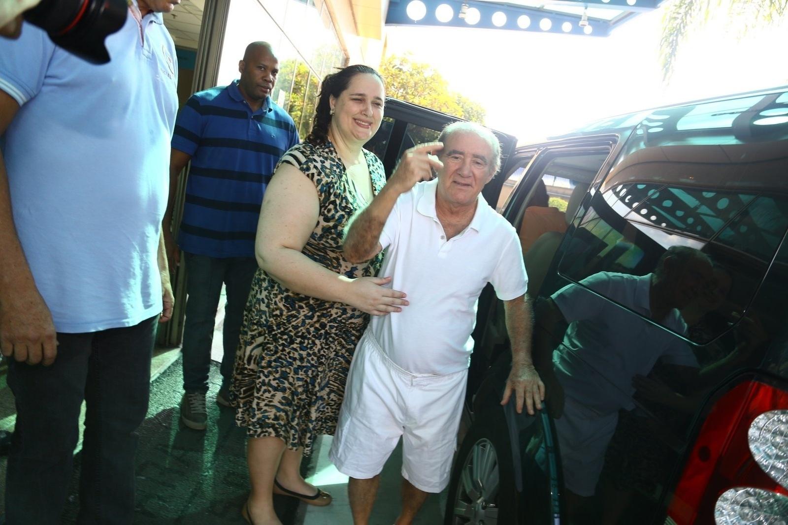 19.mar.2014- Renato Aragão, de 79 anos, sofreu um infarto e teve que ser submetido a uma angioplastia, cirurgia realizada com o intuito de desobstruir uma artéria do paciente
