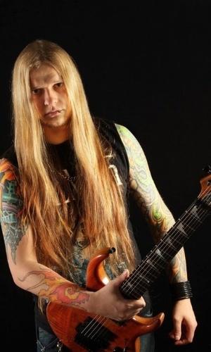 Com 23 anos de carreira, Paulo Schroeber era referência no mundo do metal