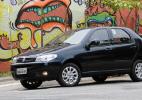 Fiat Palio Fire, carro mais barato feito no Brasil, mostra o peso da idade - Murilo Góes/UOL