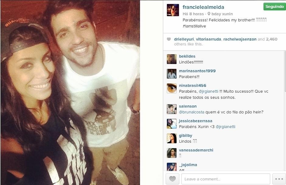 25.mar.2014 - Franciele também dedicou um post especial ao aniversariante Junior.