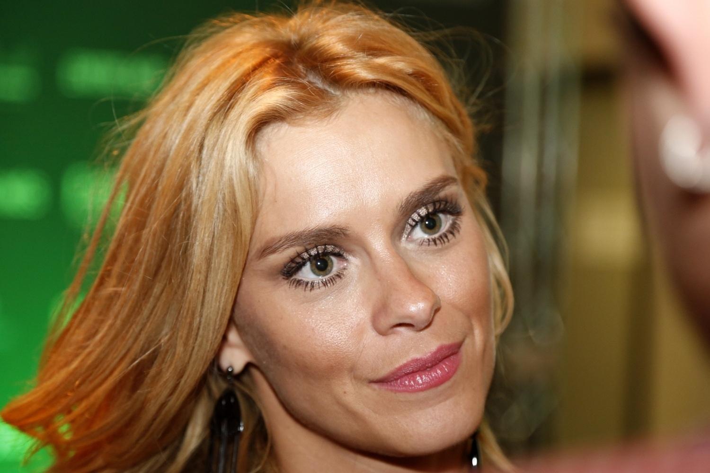 25.mar.2014- A bela Carolina Dieckmann confere pré-estreia do filme