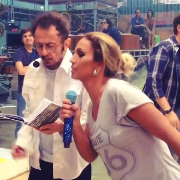 Tom Zé e Valesca Popozuda fazem dueto em