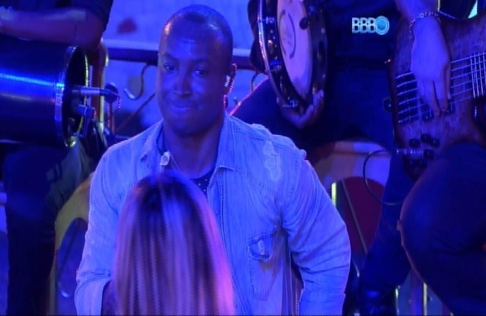 26.mar.2014 - A Festa também chamou a atenção pelo reencontro de Thiaguinho e Vanessa; a modelo disse que já beijou o cantor