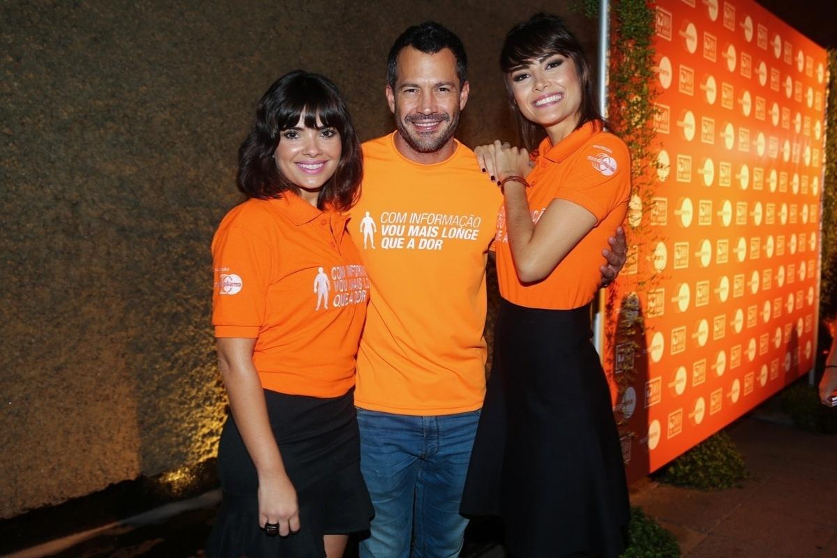 27.03.2014- Vanessa Giácomo, Malvino Salvador e Maria Casadevall participam do lançamento de campanha em São Paulo