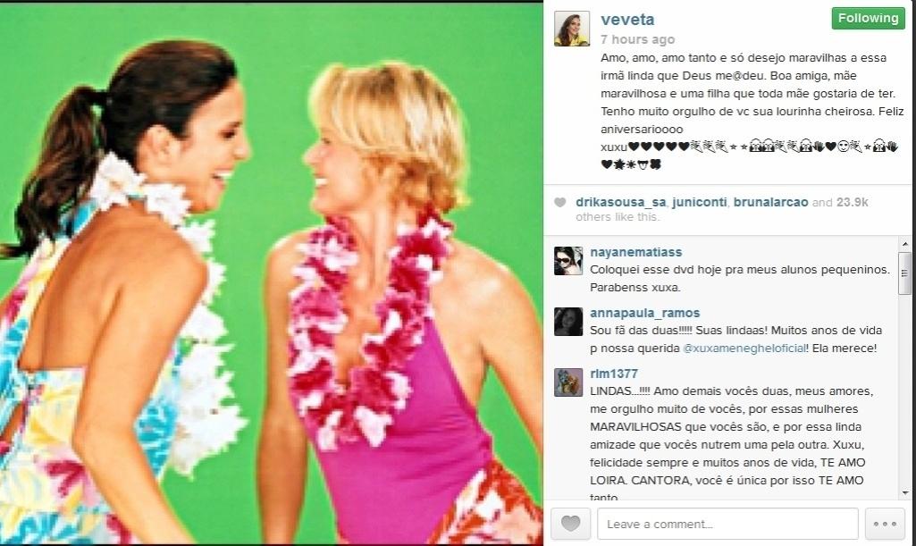 27.mar.2014 - A cantora Ivete Sangalo publicou não uma, mas quatro fotos suas ao lado de Xuxa em sua conta no Instagram, no dia do aniversário de Xuxa.