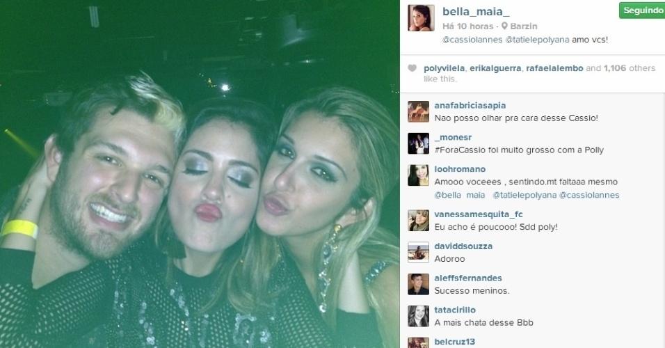 27.mar.2014 - Cássio, Bella e Tatiele se divertem na festa de Junior, em Ipanema, Rio de Janeiro