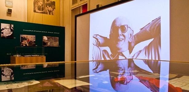 Exposição sobre Mário Lago fica em cartaz de 2 de abril a 1º de junho no Museu Nacional dos Correios, em Brasília