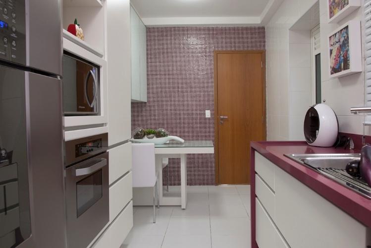 decoracao cozinha bege:Para a cozinha desse apartamento em São Caetano do Sul (SP), as