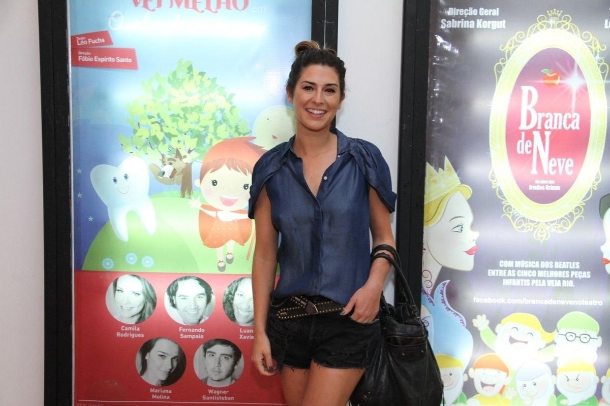 29.mar.2014 - Fernanda Paes Leme na estreia do musical infantil