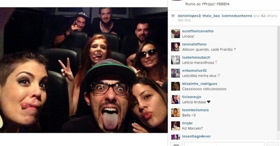 """01.abr.2014 - Alisson posta foto com os ex-participantes e escreve: """"Rumo ao #Projac"""""""