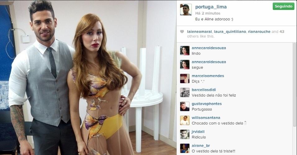 01.abr.2014 - Rodrigo posta foto com Aline e escreve:
