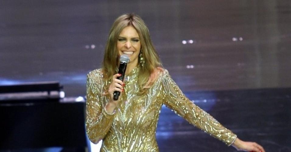 2.abr.2014 - Fernanda Lima na gravação do