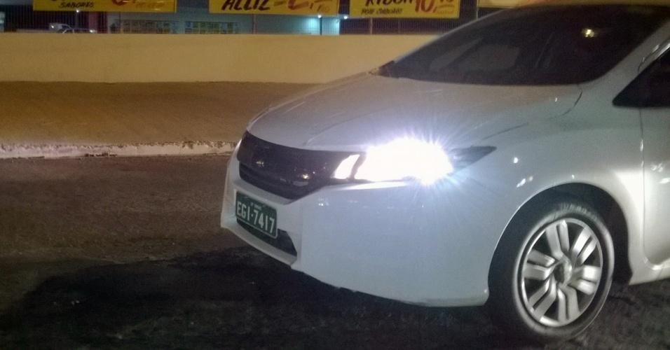 Nova geração do Honda City, ainda sob bastante camuflagem, foi vista pelo leitor Jefferson Wiris de Souza na avenida que liga a cidade Nova Odessa (SP) a Sumaré (SP)