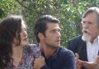 """Em """"Joia Rara"""", Amélia pede a Manfred para trocar de lugar com Pérola - Reprodução/Joia Rara/Gshow"""