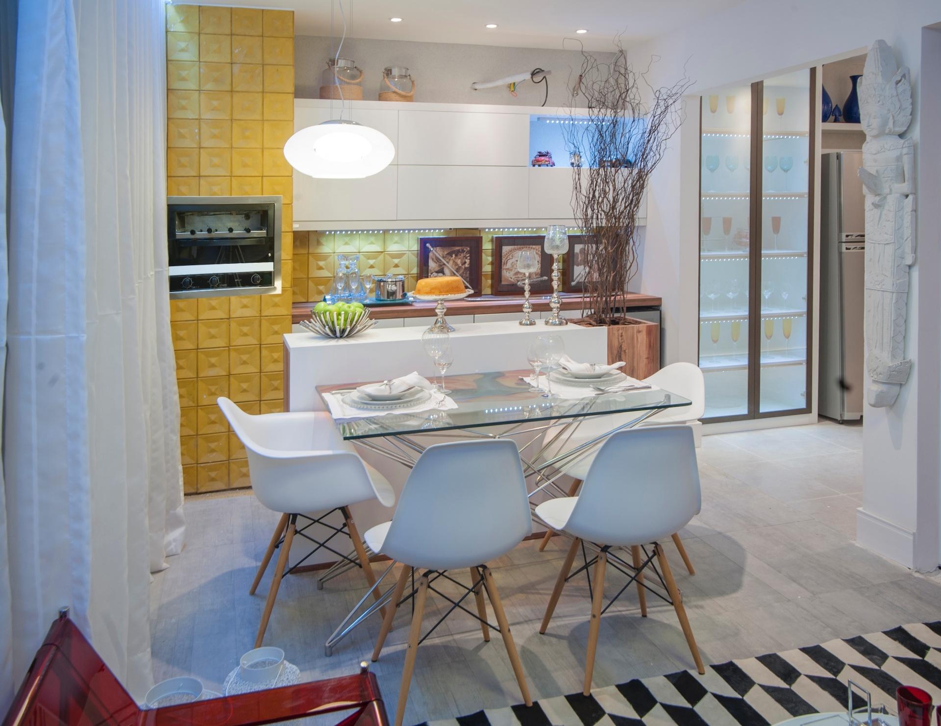 Cléo Farias e Priscila Rocha assinam a Varanda Gourmet e a Cozinha. O  #987933 1920 1481