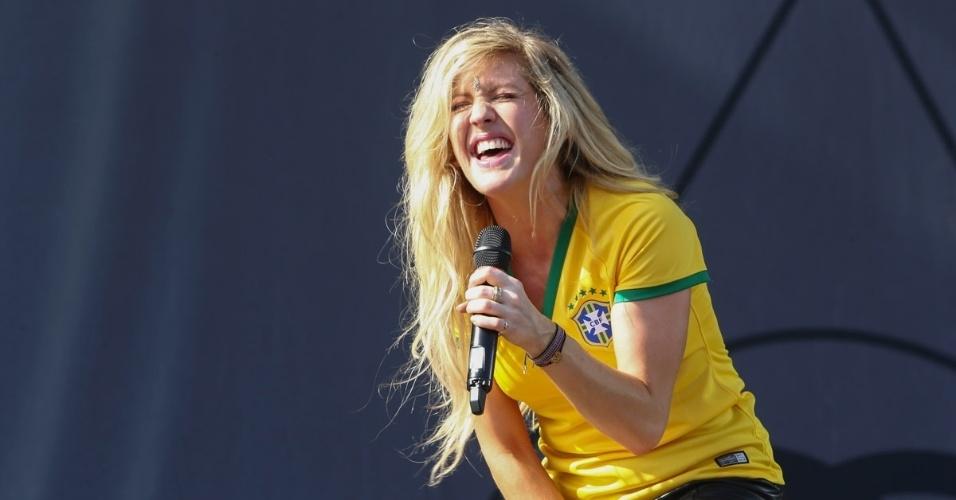 6.abr.2014 - Ellie Goulding se apresenta no segundo dia do Lollapalooza 2014, no Autódromo de Interlagos, em São Paulo