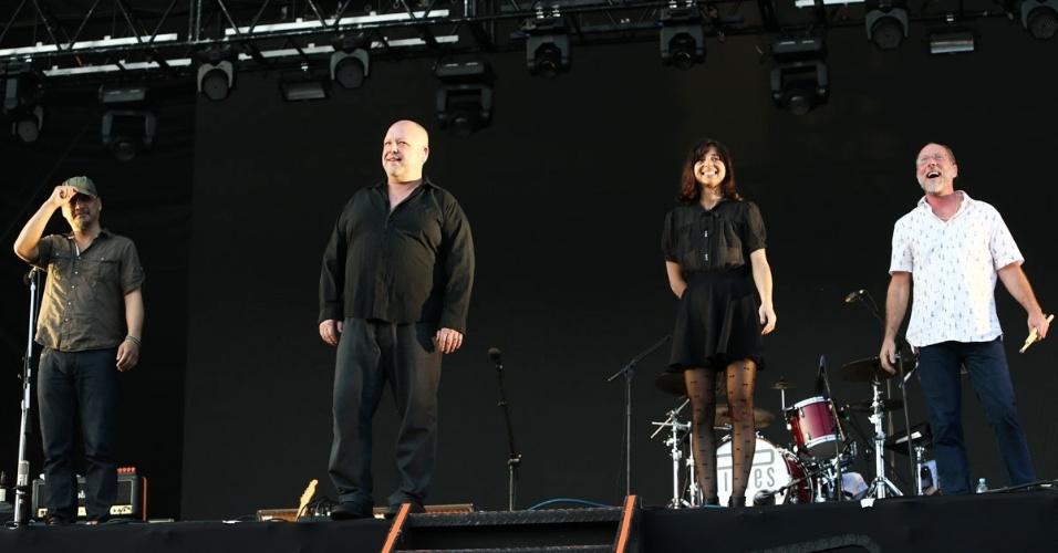 6.abr.2014 - Pixies se apresenta no segundo dia do Lollapalooza 2014 no Autódromo de Interlagos, em São Paulo6.abr.2014 - Pixies se apresenta no segundo dia do Lollapalooza 2014 no Autódromo de Interlagos, em São Paulo
