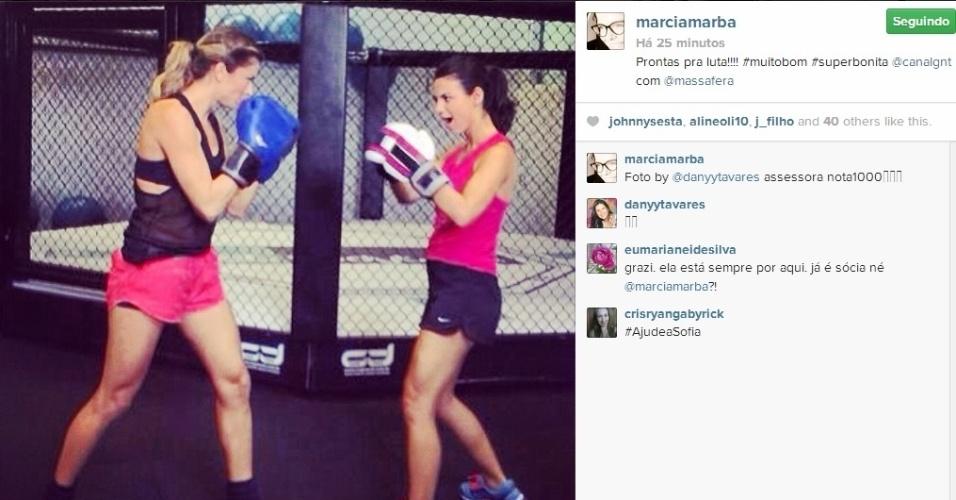 9.abr.2014 - Em outro post, a empresária Márcia Marbá mostrou Grazi Massafera e Stephany Britto em um ringue, como se estivessem praticando muay thai: